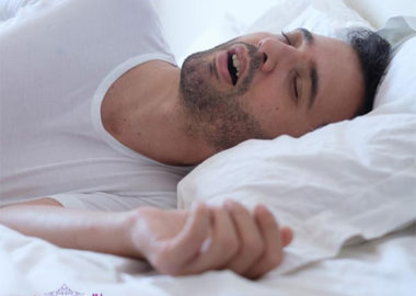 آپنه خواب چیست و چه درمان هایی برای آن وجود دارد؟
